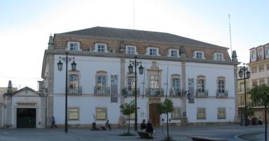 CDS e Servir Portimão contra gestão socialista da Câmara