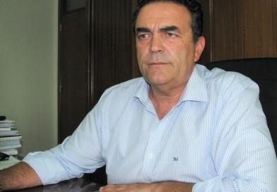 Francisco Martins quer voltar a sentar-se na cadeira de presidente da Câmara de Lagoa