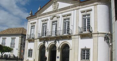 Ofertas de emprego para a Câmara de Faro